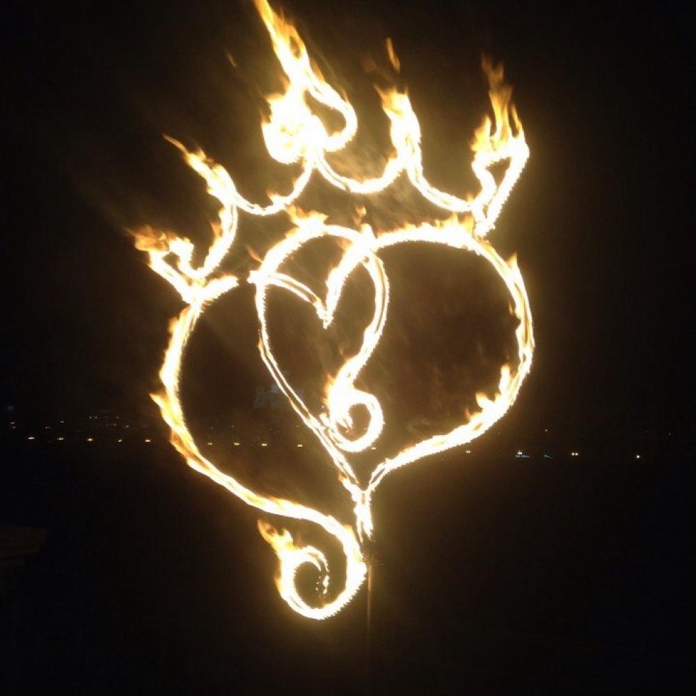 Эксклюзивное горящее сердце